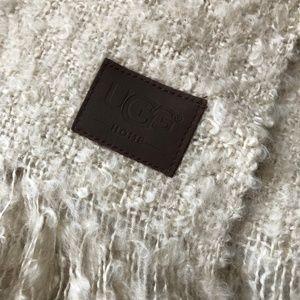 c9c06bd121a UGG Cream Luxe Mohair Throw blankets
